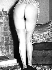 1950s and 60s solos Dig the hair nylons and full panties!