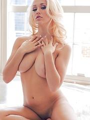 Sabrina Nichole Babe my natural boobs