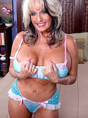 Sally's Creamed Cunt. Sally D'Angelo