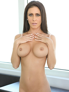babes model Jessica Jaymes